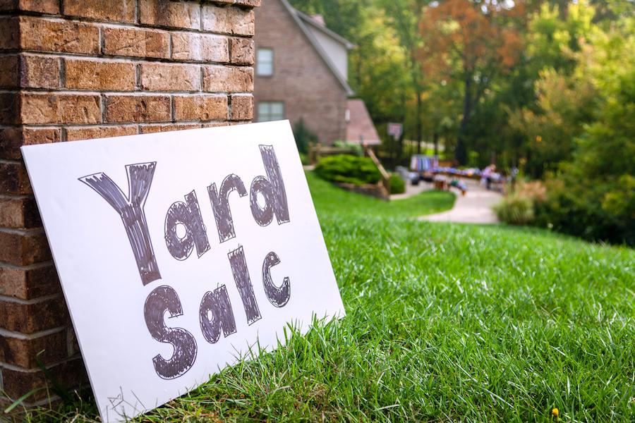 Junior Class Yard Sale